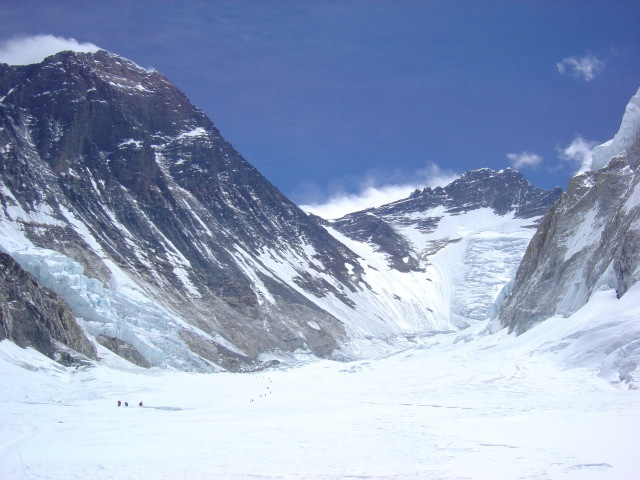 02everest_from_c2.jpg
